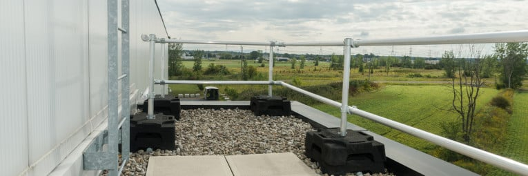 fall protection barrier